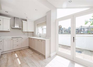 Thumbnail Property to rent in Estcourt Road, Fulham, London