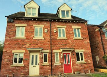 Thumbnail 3 bed town house for sale in Burleigh Court, Tuxford, Newark