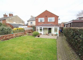 Thumbnail 3 bed detached house for sale in Littlemoor, Chesterfield