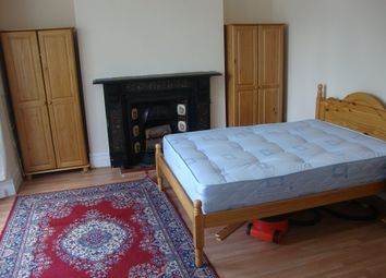 Thumbnail 2 bed property to rent in Gwydr Crescent, Uplands, Swansea
