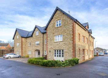 Thumbnail 2 bed flat to rent in Oxford Road, Brackley