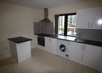 Thumbnail 1 bed flat to rent in Burlington Road, Slough