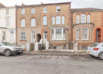 Thumbnail 1 bedroom flat for sale in Darnley Street, Gravesend