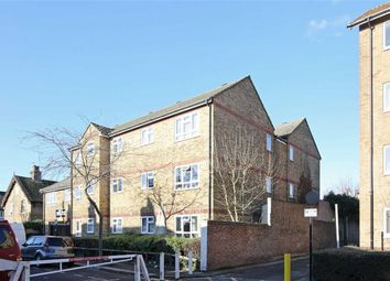 Thumbnail 1 bed flat for sale in Thornhill Road, London
