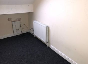 Thumbnail 3 bed flat to rent in Barkerend Road, Bradford