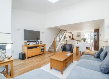 Thumbnail 3 bed mews house to rent in Ardleigh Road, London