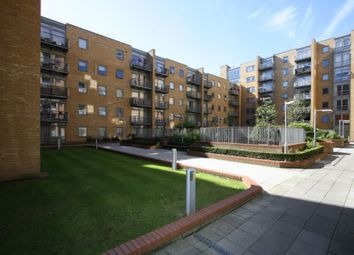 Thumbnail 2 bed flat to rent in Constable House, Cassilis Road, Canary Wharf, London
