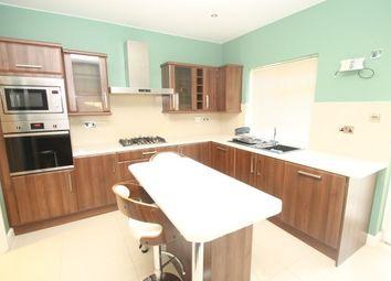Thumbnail 5 bed detached house to rent in Sanderstead Road, Sanderstead, South Croydon