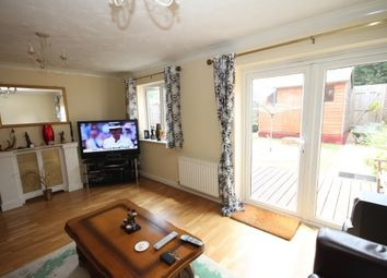Thumbnail 3 bed terraced house to rent in Primrose Close, Luton