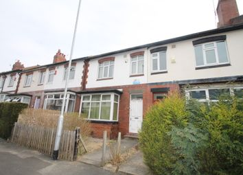 Thumbnail 5 bedroom terraced house to rent in Estcourt Avenue, Headingley, Leeds