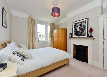 Thumbnail 5 bedroom terraced house to rent in Cornwall Avenue, Alexandra Park, London
