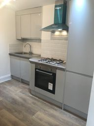 Thumbnail 2 bed flat to rent in Brett Road, Hackney Central