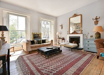 Thumbnail 4 bed property to rent in Cornwall Crescent, Notting Hill