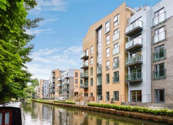 Thumbnail 2 bed flat for sale in Nash Mills Wharf, Apsley, Hemel Hempstead