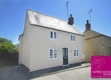 Thumbnail 4 bed cottage for sale in Rotton Row, Raunds, Northamptonshire