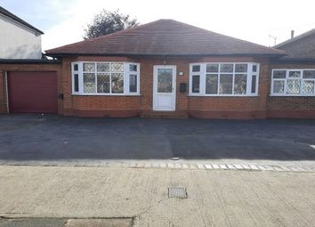 Thumbnail 3 bed bungalow to rent in Glebe Road, Rainham