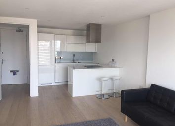 Thumbnail 2 bed flat to rent in E14