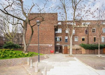 Thumbnail 3 bedroom flat to rent in Dartmouth Close, London
