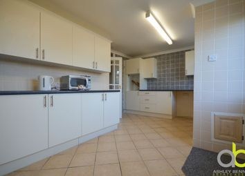 Thumbnail 4 bed town house to rent in Fifth Avenue, Canvey Island