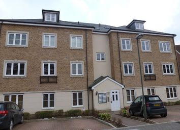 Thumbnail 2 bed flat to rent in Warren Close, Farnham