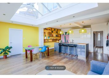 Thumbnail Room to rent in Royal Circus, London