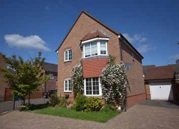 Thumbnail 3 bedroom detached house for sale in Fawn Drive, Aldershot