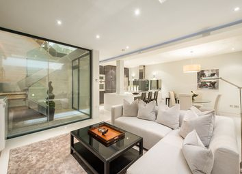 Thumbnail 3 bed mews house for sale in Ennismore Mews, Knightsbridge