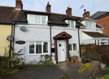 Thumbnail 3 bed cottage for sale in Wavering Lane East, Gillingham
