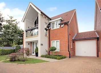 Thumbnail 4 bedroom detached house to rent in Bluebell Crescent, Woodley, Reading, Berkshire