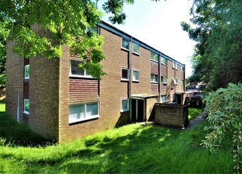Thumbnail 2 bed flat for sale in Francis Close, Hitchin