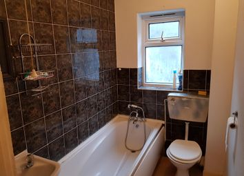 Thumbnail 1 bed flat to rent in High Street, Long Sutton, Spalding