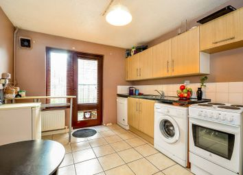 Thumbnail 2 bedroom property for sale in Bracknell Close, Wood Green