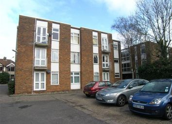 Thumbnail 1 bed flat to rent in Squirrels Heath Lane, Gidea Park, Romford