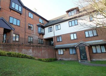 Thumbnail Studio to rent in Totteridge Avenue, High Wycombe