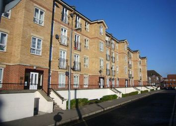 Thumbnail 1 bed flat to rent in Grove Road, Luton