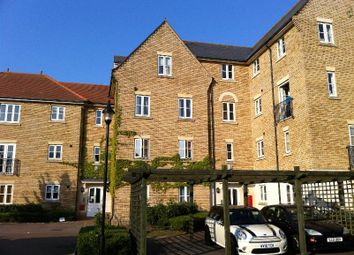 Thumbnail 2 bed flat for sale in Ravenswood Avenue, Ipswich