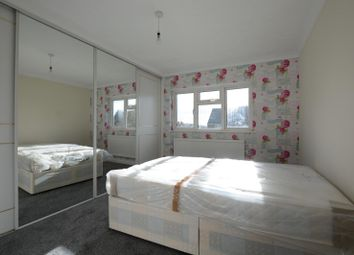 Thumbnail Room to rent in Willow Way, Guildford