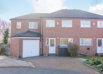 4 bed property for sale in Woodhall Avenue, Leeds LS5