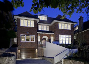 Thumbnail 5 bed property for sale in Telegraph Hill, Platts Lane, London
