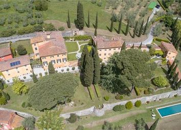 Thumbnail 10 bed country house for sale in Lucca, Tuscany, Italy