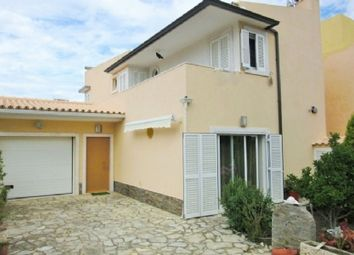 Thumbnail 3 bed villa for sale in Sesimbra, Blue Coast, Portugal
