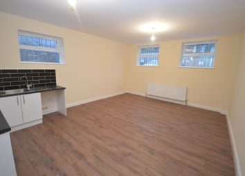 Thumbnail 1 bed flat to rent in Hoe Street, London, Greater London