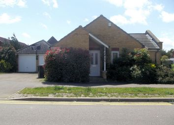 Thumbnail 2 bed bungalow to rent in Henley Road, Queens Park, Bedford