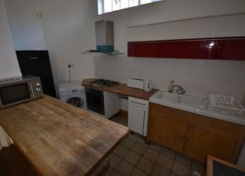 Thumbnail Property to rent in Elmfield Avenue, Stoneygate, Leicester