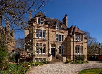 Thumbnail 7 bed detached house for sale in Bradmore Road, Oxford