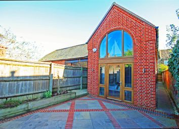 Thumbnail 2 bedroom detached house to rent in Station Road, Marlow
