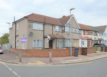 Thumbnail 1 bedroom flat for sale in Beam Avenue, Dagenham