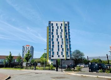 2 bed flat to rent in Chippenham Road, Manchester M4