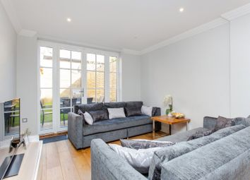 3 bed maisonette to rent in Pleasant Place, Islington, London N1