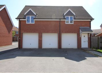 Thumbnail 2 bed flat to rent in Burrows Close, Grantham, Lincolnshire